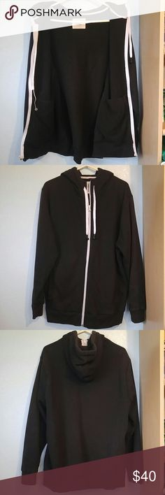 Hoodie Buddie (bud tips not included) Earbuds are in great condition! Has pockets inside the jacket  Fits standard bud tip size (store bought ear buds) Light brown stain on white inside neck Lightly used  Note* This jacket is thicker and heavier than name brand Hoodie Buddies Old Navy Jackets & Coats