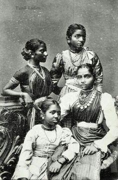 Тамильские женщины