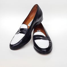 1eb142d4047 Shop Women s Etienne Aigner Black White size 8 Flats   Loafers at a  discounted price at Poshmark. Description  Grate condition