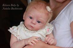 Silicone bébé reborn bébé Reborn fille Reborn toddler Reborn poupée réaliste…                                                                                                                                                                                 Plus