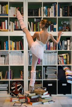 books and ballet... two of my favorite things in the world