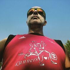 L'orgoglio di una maglia speciale.  #CorriperEmergency  #PadovaHalfMarathon  @runnersforemergency