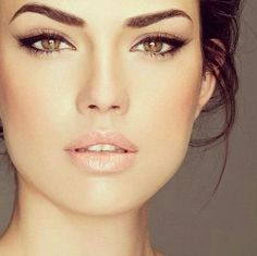 simple yet formal makeup, so pretty!