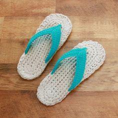 Crochet Pattern - Flip Flops (Child/Adult sizes 3-10). $5.50, via Etsy.