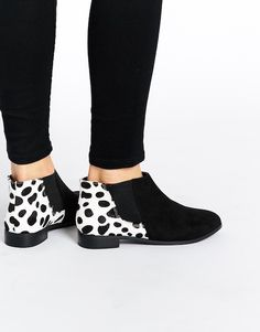 ASOS AIZA Leather Chelsea Ankle Boots bij Asos.com