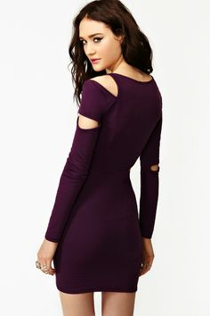 Fracture Cutout Dress in Plum