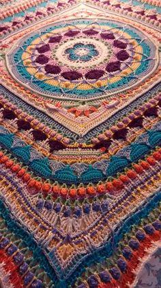 Mandala afghan.