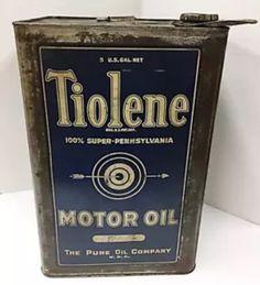 Tiolrne Motor Oil can Vintage Oil Cans, Vintage Auto, Vintage Tins, Vintage Labels, Old Gas Pumps, Gas Service, Old Gas Stations, Sign Sign, Pure Oils