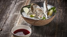 Austern Sherry by Didi Maier Serving Bowls, Tableware, Recipes, Oysters, Good Food, Simple, Recipies, Dinnerware, Tablewares