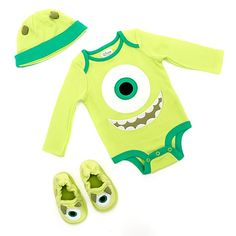 Long before they graduate from Monsters University, little ones can look the part in this Mike character bodysuit, slipper and hat. Each piece features charming detailing, such as horns and that large single eye. Disney Baby Clothes, Baby Kids Clothes, Disney Boys, Baby Disney, Baby Baby Baby Oh, Baby Set, Baby Boy Outfits, Kids Outfits, Monsters Inc Baby Shower