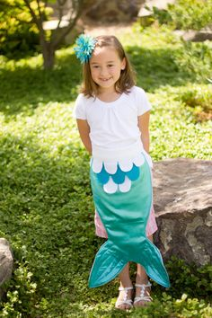 Kids Dress Up Fairy Tale Mermaid Costume Tail Turquoise Teal Aqua and White Pretend Play size LARGE