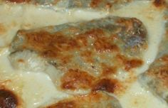 Juustoinen uunisei French Toast, Food And Drink, Meat, Chicken, Breakfast, Waiting, Drinks, Morning Coffee, Drinking