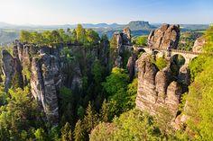 Für alle Wanderlustige bietet die 🌲#SächsischeSchweiz 🏞 alles, was das Herz 😍 begehrt!