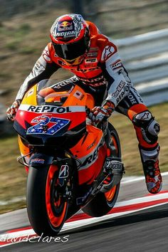 Casey Stoner hard on the brakes.