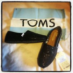Glitter toms.... In every color.... Yes please!