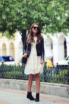 Short black ankle boots - korte zwarte enkellaarsjes
