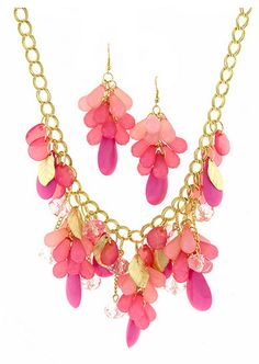 *** ON SALE*** TROPICAL CHANDELIER CHAIN NECKLACE SET. Starting at $6 on Tophatter.com!