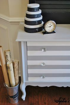 Like the way the stripes on the drawers