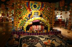 Dia de los Muertos altar at the Mexic-arte museum on Congress Ave. Day Of The Dead, Alters, Favorite Holiday, Hanging Out, Psychedelic, My Favorite Things, Museum, Symbols, Seasons