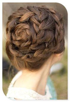 Offbeat wedding hair braid | An elegant twist on the milkmaid braid. See more on the @WeddingMix blog