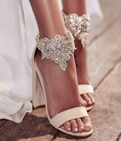 """772 Likes, 3 Comments - Una Boda Original (@unabodaoriginal) on Instagram: """"Sin conocerte, ya te echaba de menos...  @aubree.lynn #boda #bodas #wedding #weddingphotography…"""""""