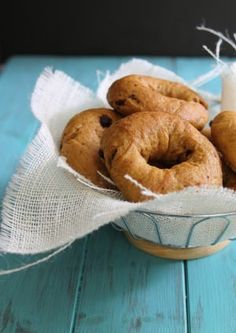 Enjoy this pumpkin bagel recipe with raisins. It is easy to make with ingredients in your cupboard already, like flour, nutmeg, cinnamon and pumpkin.