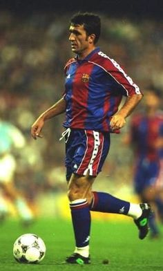Hagi F. Football Drills, Best Football Players, World Football, Football Kits, Soccer Players, Football Soccer, Fc Barcelona, Barcelona Players, Barcelona Football