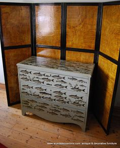 Arundel Eccentrics: Decorated chests of drawers
