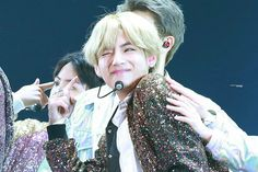 #TheWingsTourFinal #WingsTour #V #Taehyung #BTS  Credit to the owner