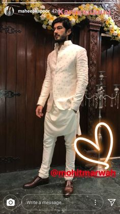 Indian Wedding Clothes For Men, Sherwani For Men Wedding, Wedding Dress Men, Indian Wedding Outfits, Sherwani Groom, Wedding Men, Wedding Attire, Dream Wedding, Mens Indian Wear