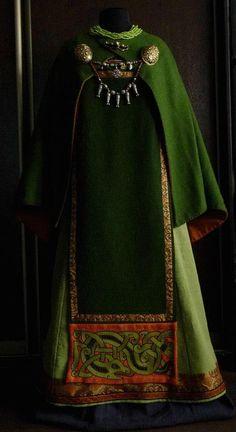 Viking dress by Savelyeva Ekaterina Viking Garb, Viking Reenactment, Viking Costume, Viking Dress, Medieval Costume, Medieval Dress, Historical Costume, Historical Clothing, Historical Photos