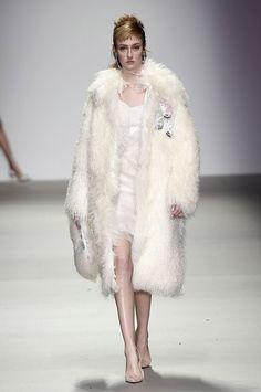 Holly Fulton London Fashion Week A/W15