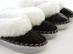 GENUINE ECO SHEEPSKIN MOCCASSIN SLIPPERS INDOOR BOOTS EU 39 UK 6 by YogActive at Folksy.com