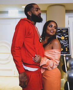 Photo of the late Nipsey Hussle with his then girlfriend Lauren London. Dope Couples, Black Love Couples, Cute Couples Goals, Cutest Couples, Romantic Couples, Freaky Relationship Goals, Couple Relationship, Cute Relationships, Beautiful Couple