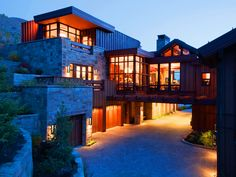 Mountain Home with Contemporary Craftsman Style