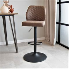 A tough, but classic industrial bar stool. That is the Grayson! The black base in combination with the stitched seat gives the bar stool a classic look. Our populair Grayson will fit in any interior! Industrial Bar Stools, Taupe, Classic Looks, Pu Leather, Furniture, Metal, Home Decor, Black, Products