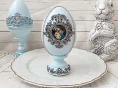 This large vintage easter eggs with icon is perfect for unique easter decorations, antique centerpiece table decor. Unique Handmade eggs is great for you shabby chic decor or religious gifts, the gift for mother, friends and colleague and also can be memorable gift for Easter. This egg is painted by me manually. Nicely done, in good condition. Brown shadowed accents to make the eggs look more aged. Ready to display for the Easter season. Blue Shabby Chic, Shabby Chic Decor, Easter Decor, Easter Gift, Vintage Decorations, Christmas Decorations, Easter Season, Cute Gift Boxes, Religious Gifts