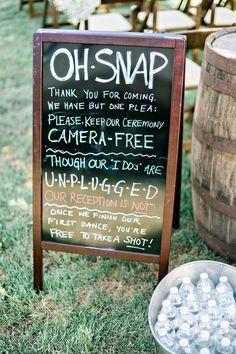 28 Unplugged Wedding Signs & No Cellular Phone Signs - Wedding - Hochzeit Rustic Wedding Signs, Diy Wedding, Dream Wedding, Wedding Ideas, Wedding Stuff, Wedding Things, Wedding Favors, Wedding Reception, Reception Ideas