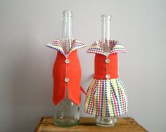 WINE bottle cover bottle dress gift wrapping red by viadeinavigli, $25.00