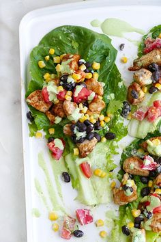 Southwest Healthy Chicken Lettuce Wraps - this easy gluten free and low carb dinner recipe is bursting with flavor from spicy chicken, black beans, tomatoes, corn, and a Greek yogurt jalapeno sauce. Summer Vegetable Recipes, Healthy Vegetable Recipes, Good Healthy Recipes, Healthy Chicken, Lettuce Recipes, Salad Recipes, Easy Chicken Lettuce Wraps, Rotisserie Chicken Salad, Gluten Free Wraps