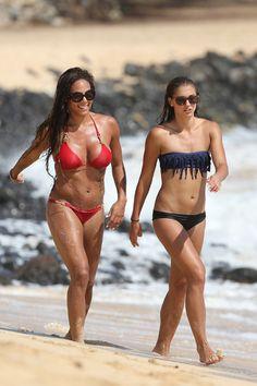 Alex Morgan and Sydney Leroux hottest Bikini stills on a beach Hawaii (Oct.6, 2013)