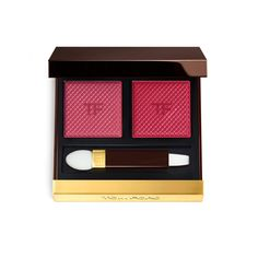 SHADE AND ILLUMINATE LIPS BRING THE PLAY OF LIGHT AND DARK INTEGRAL TO TOM FORD'S FACE PHILOSOPHY TO COLOR CONTOURING. TWO SHADES, ONE LIGHT AND ONE DARK, COMPLEMENT FOR SHAPING LIPS WITH HIGH PIGMENTATION IN A VELVET MATTE FINISH. USING THE DUAL-ENDED APPLICATOR, FEATURING A SPONGE ON ONE END AND A LIP BRUSH ON THE OTHER, BOTH SHADES CAN BE APPLIED TO CREATE A SUBTLE TO DRAMATIC OMBRE EFFECT. TOM FORD'S POWDER-GELEE FORMULA FEATURES EMOLLIENT OILS AND A BLEND OF POLYMERS THAT PROVIDE...
