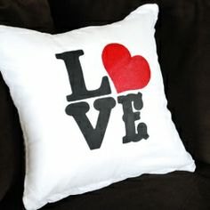 Easy step-by-step tutorial on how to stencil a pillow cover PLUS learn how to create fabric paint.