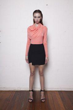 Basic Measures skirt in Black