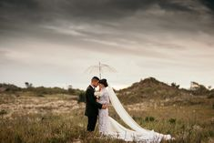 Wedding Couples, Wedding Photography, Weddings, Studio, Wedding Dresses, Inspiration, Wedding Shot, Biblical Inspiration, Bodas