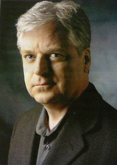 Linwood Barclay - Amazing author it's like being inside the book when helt describes details. Book Writer, Book Authors, Linwood Barclay, Good Books, My Books, Famous Books, Book People, Creative Writing, Book Lovers