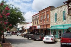 10 towns in texas with downtown charm