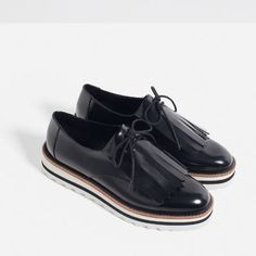 dcd3e4c1e8e08 CHAUSSURES PLATES À FRANGES-Chaussures-Femme-COLLECTION SS16   ZARA France