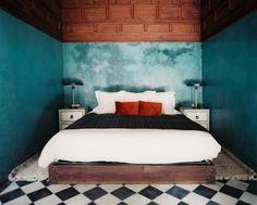 Ideen zum Schlafzimmer streichen mit der Schwammtechnik-einfach und wirkungsvoll