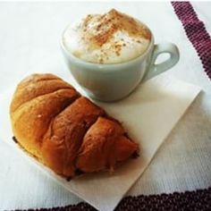Italian breakfast! #breakfast#caffe#coffee#cappuccino#italianfood#italianbreakfast#instafood#food#doodblog#expo#italianspaghetti#spaghetti#cooking#cook#pasta#brioche#cornetto#colazione#instapic#bar#instadaily#foodselfie#selfie